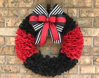 Fire Fighter Burlap wreath, Thin Red Line wreath, Burlap Ruffle Wreath, Fireman Appreciation,  First Responder wreath, Gift for Fireman