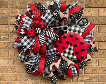 Lady Bug Wreath, Lady Beetle Decor, Red Bug Wreath, Lady Bug Ribbon, Spring Wreath, Red Front Door Wreath, Summer time fun,Mother's Day Gift