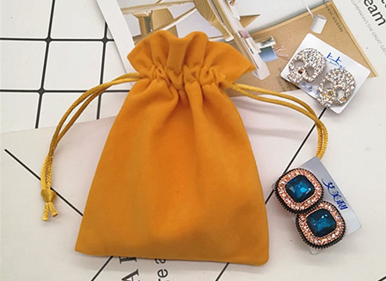50 Pcs Multi Size Soft Jewelry Bags For Necklace,Watches,Bracelet,Rings,Earrings Organized,Velvet Jewelry Pouches Velvet,Lipstick Pouches