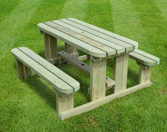 Tinwell Junior Rounded Picnic Bench