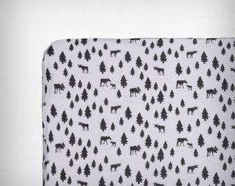 Fitted bed sheet  60 x 120 cm | FOREST
