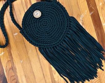 Round crochet bag with fringe