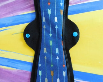 "Cloth Menstrual Pad (14"" Heavy in ""Blue Arrows"" Flannel)"