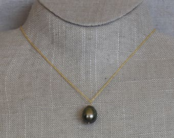 "Gray Tahitian Pearl on 16"" Yellow 14k Gold Chain"