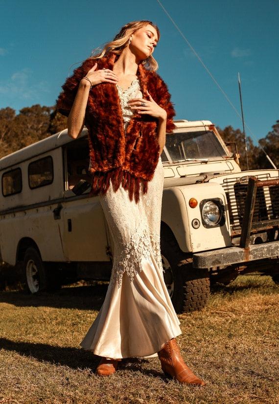 Vintage 70s Fur Stole, 70s Wedding Fur, Formal Fur