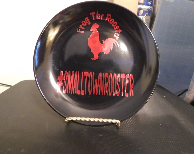 Frog The Rooster Decorative Plate With Stand