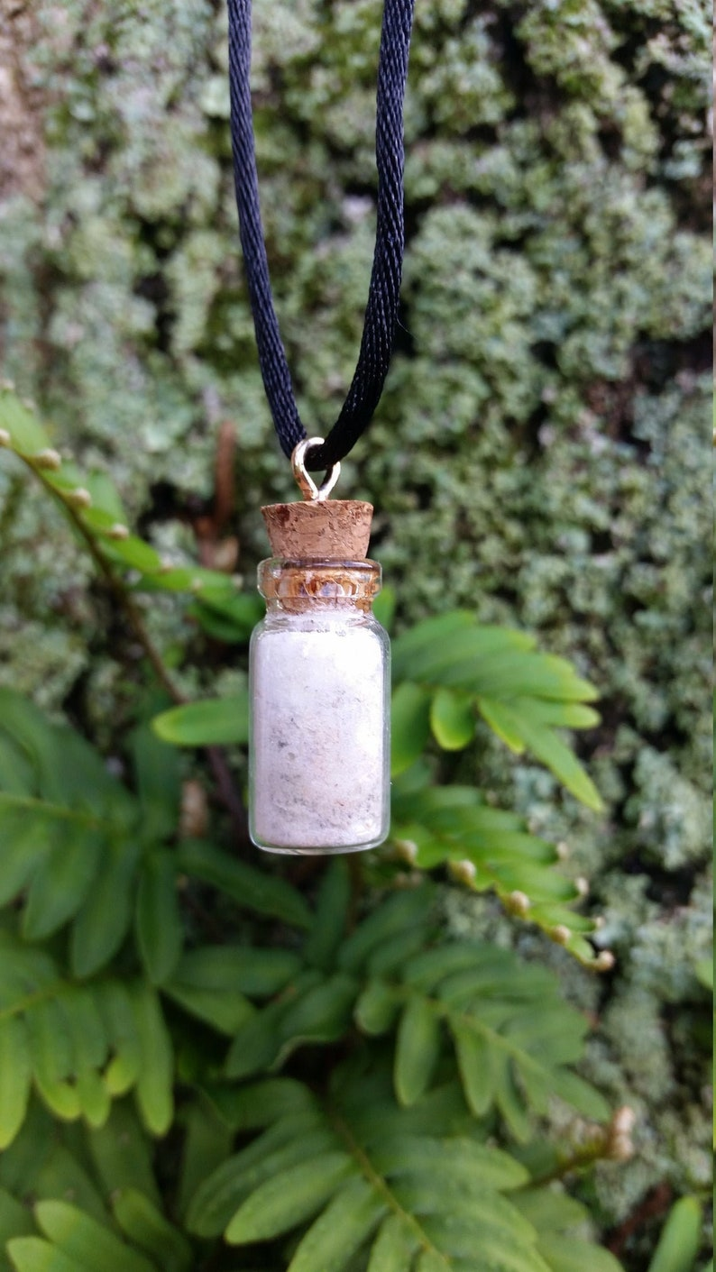 Moldavite Selenite Necklace Selenite Dust Spell Jar Pendant Moldavite Necklace Tiny Selenite Minimal Jewelry Crystal Healing Boho Birthday