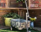 Metal Garden Trolley Rustic Plant Storage Cart Antique Wheelbarrow Planter Industrial Patio Pot 3 Wheels Stand Outdoor Decor Unit