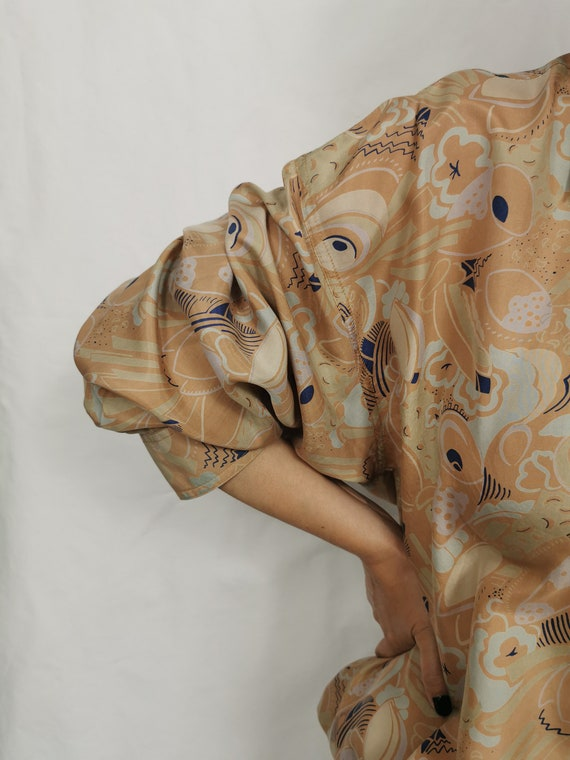 Vintage Silk Blouse L - XL | Oversized Printed Si… - image 9