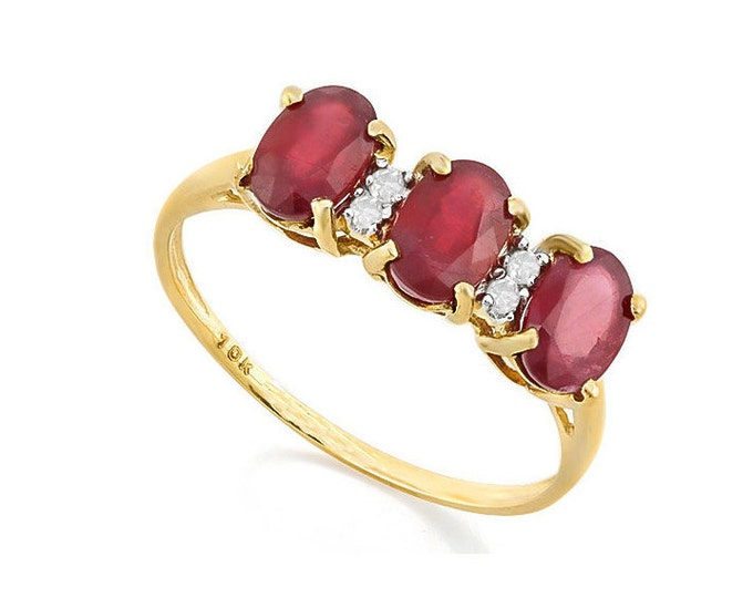 2 Ct African Ruby and Diamond 10K Solid Yellow Gold Ring - Cocktail Ring – Statement Ring - Estate Jewelry Size 7