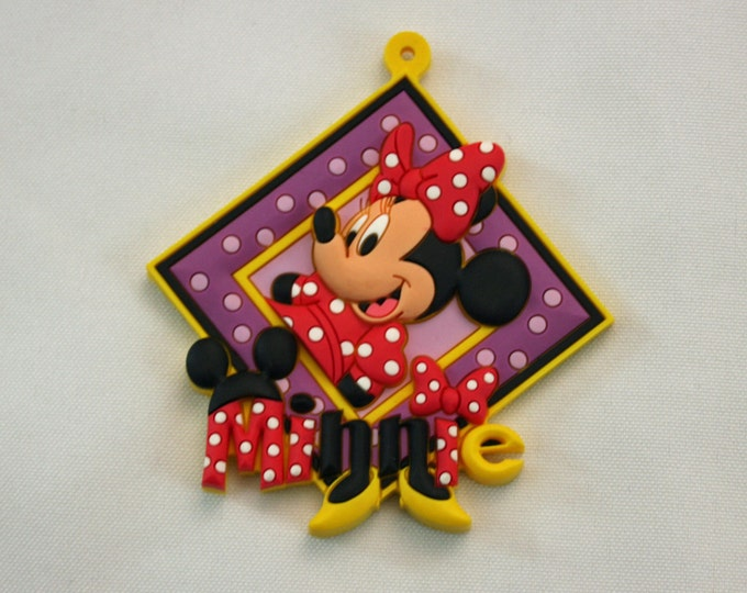 Disney Minnie Mouse Novelty Tag Key Ring PVC Rubber Die Cut Keychain Luggage Backpack Bag Tag Magnet Face Disneyland WDW Walt Disney World