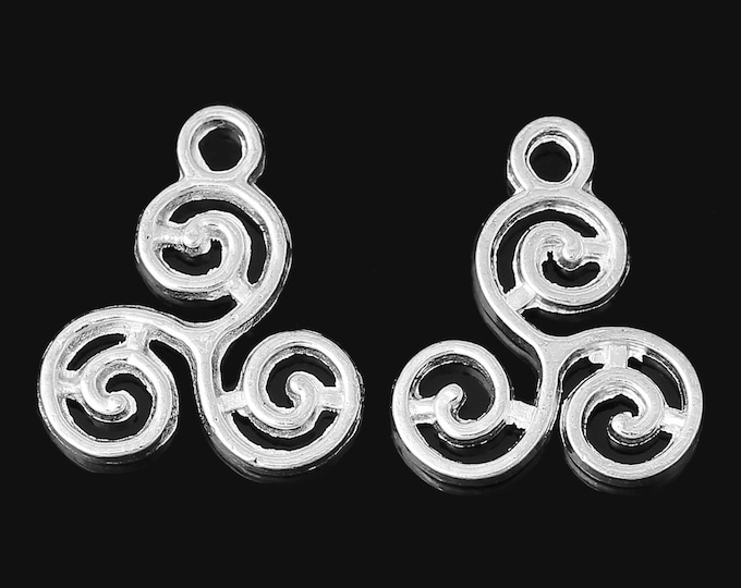 Bulk pack of 10 Silver Celtic Triskelion Charm Bracelet Charms Necklace Pendant Jewelry Charms Craft Projects Earrings Earring Zipper Pull