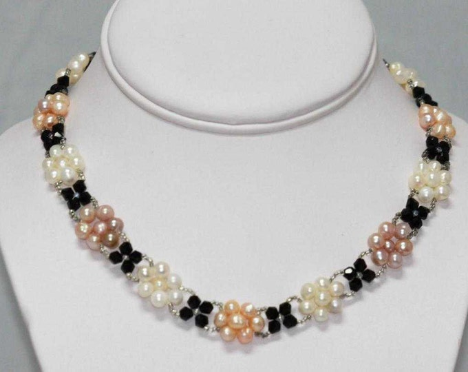 Natural Freshwater Pearl and Black Onyx Hand Strung Choker Necklace - pink, beige and white pearls – tricolor pearl design Art Deco
