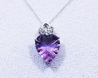 Vintage 2.52 Ct Purple Orchid Heart Cut Bolivian Amethyst and Diamond Pendant 10 Kt White Gold on an 18 Inch Chain Necklace Estate Jewelry