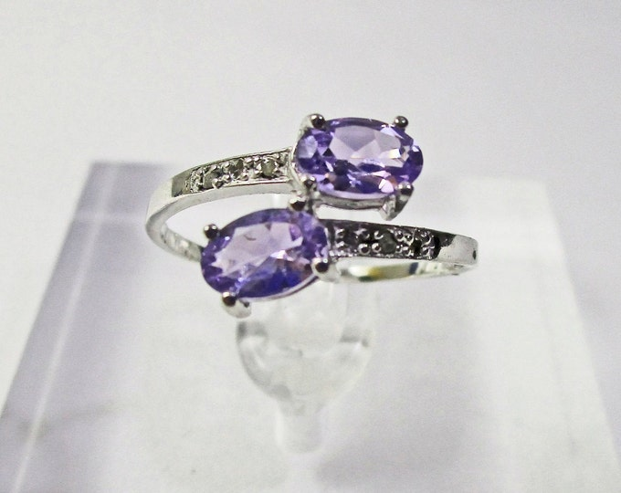 4/5 Ct Tanzanite & Diamond 10 Kt Solid White Gold Ring Gemstone Cocktail Statement Ring Estate Jewelry Size 7
