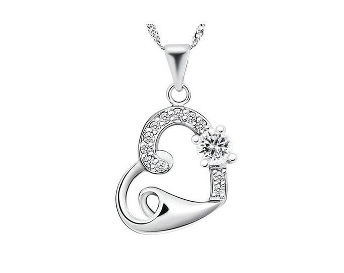 Beautiful Created White Sapphire Heart Pendant Necklace 925 Sterling Silver Cubic Zirconia CZ Estate Jewelry