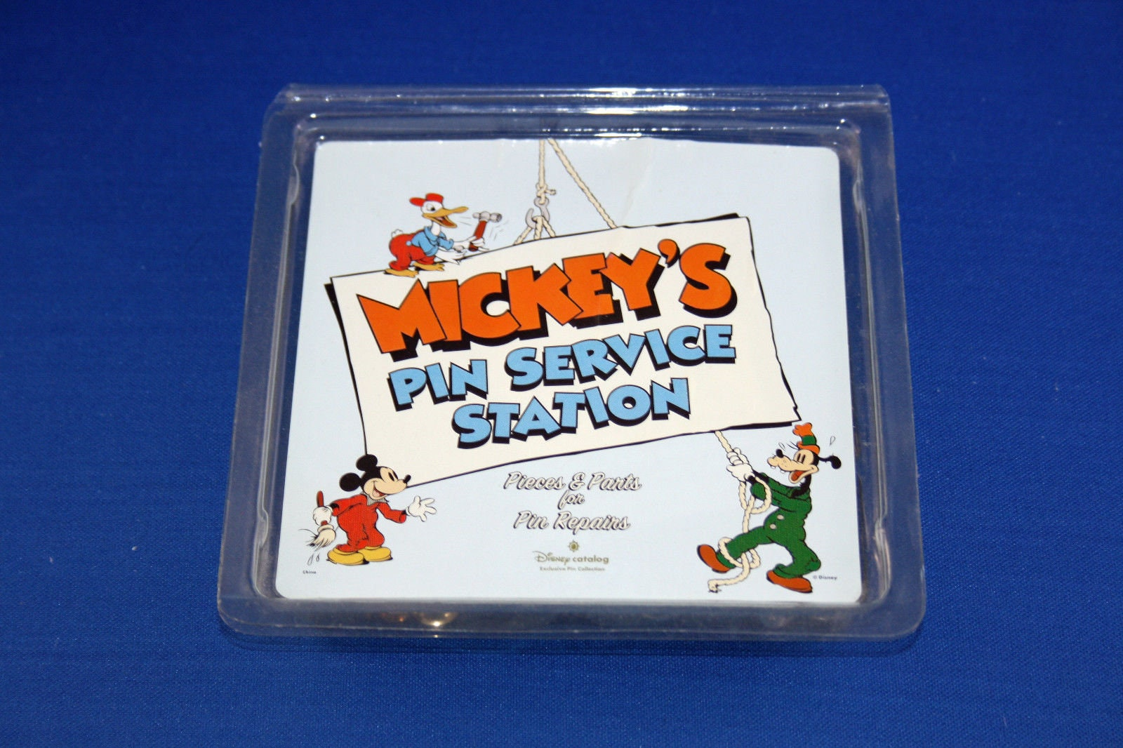 Walt Disney Mickey's Pin & Parts Service Station Kit Pin