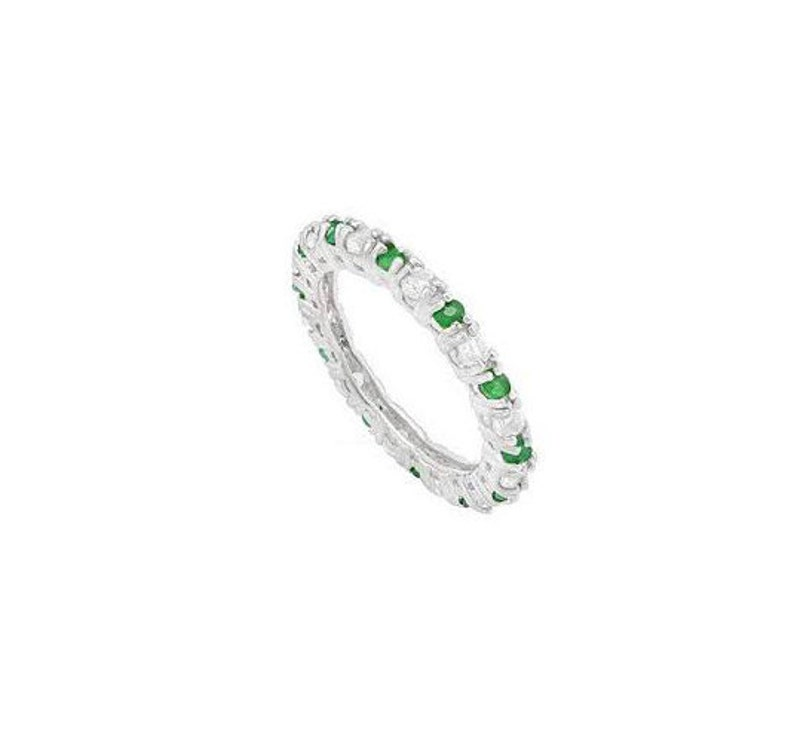 45 Ct Emerald and White Topaz Sterling Silver Ring 925 \u2013 Cocktail Ring \u2013 Statement Ring Estate Jewelry Size 8