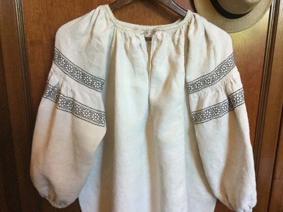 Vintage Ukrainian Vyshyvanka Embroidered Dress Ho… - image 2