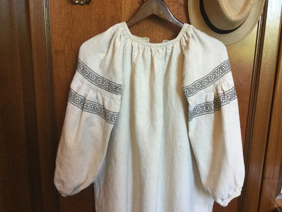 Vintage Ukrainian Vyshyvanka Embroidered Dress Ho… - image 5