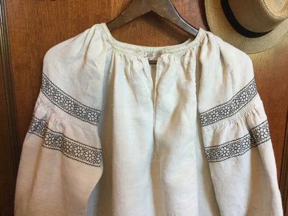 Vintage Ukrainian Vyshyvanka Embroidered Dress Ho… - image 1