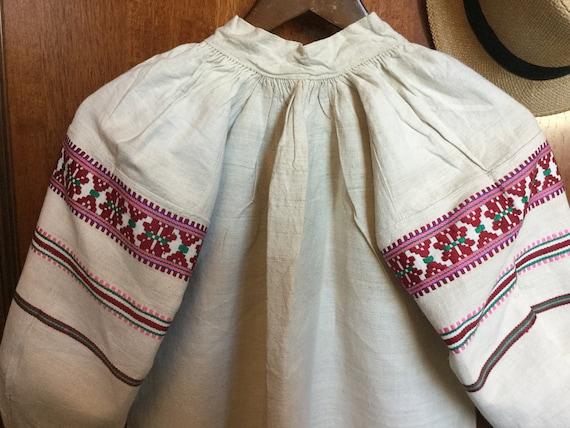 Antique Embroidered Dress Ukrainian Vyshyvanka Ho… - image 5
