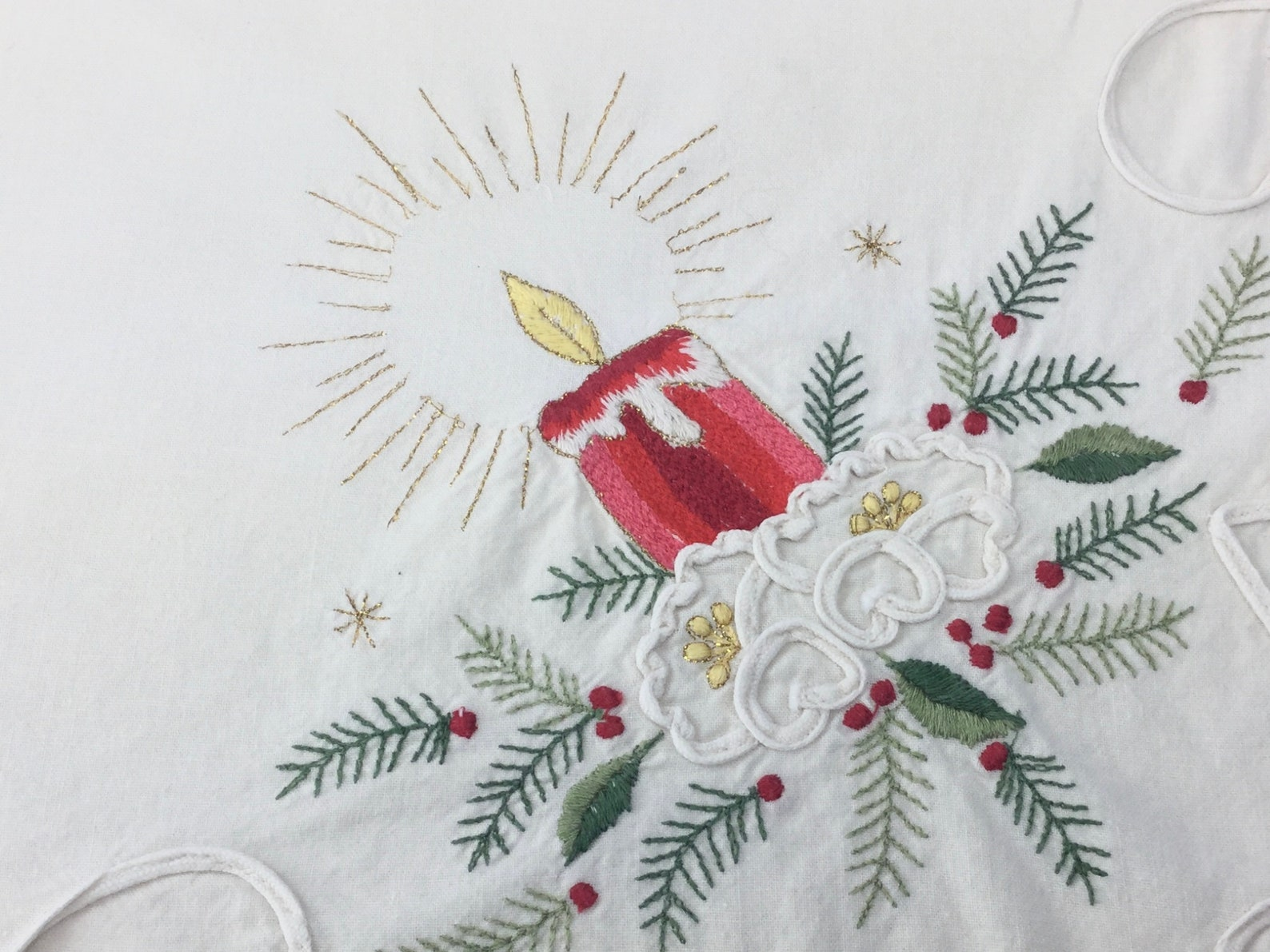 Vintage Christmas Tablecloth 31