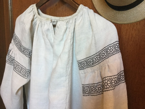 Vintage Ukrainian Vyshyvanka Embroidered Dress Ho… - image 3