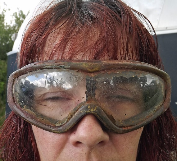 Wasteland Weekend -t6 Fury Road Dirt Patina LARP Burning Man Dystopian Postapo Wasteland Postapocalyptic Distressed Goggles Mad Max