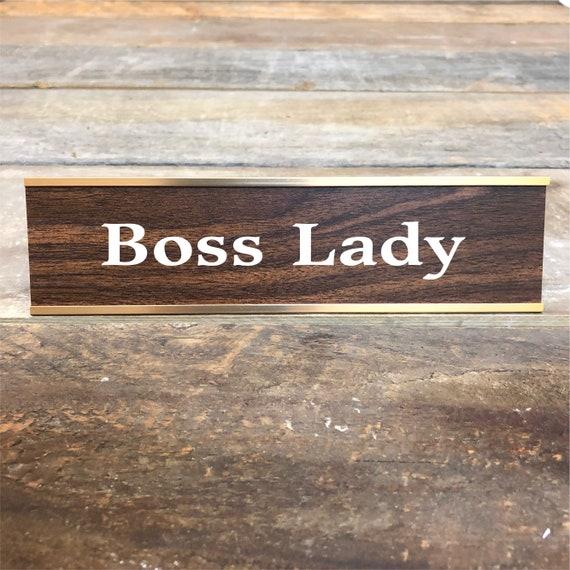 Engraved MR MAKE SH*T HAPPEN Desk SignName Plate Girl Friend Boss Funny Gift