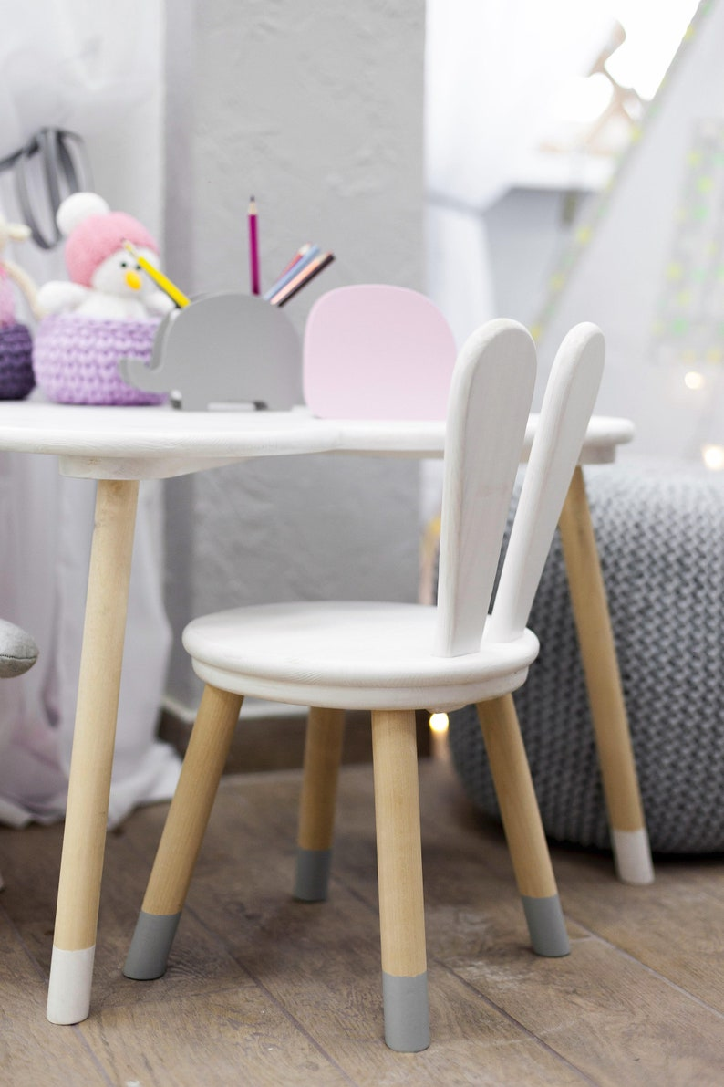 Set Bestehend Aus Einem Hölzernen Stuhl Und Cloud Tisch Etsy