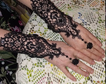 Steampunk Lace Gloves