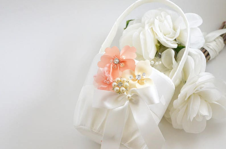 flowers girl basket wedding accessories   White or ivory flowers girl basket wedding basket