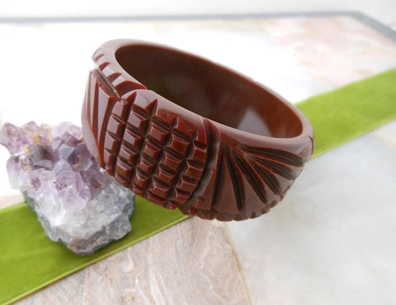 Vintage Bracelet BAKELITE Wide Chunky Deep Carved Bangle Chocolate Brown Collectible Gift Tested VivianJoel.Etsy.com