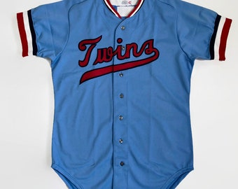 29e429e4a651 Minnesota Twins Salesman s Sample Authentic MLB Wilson Baseball Jersey Size  42 Large Circa 1970s