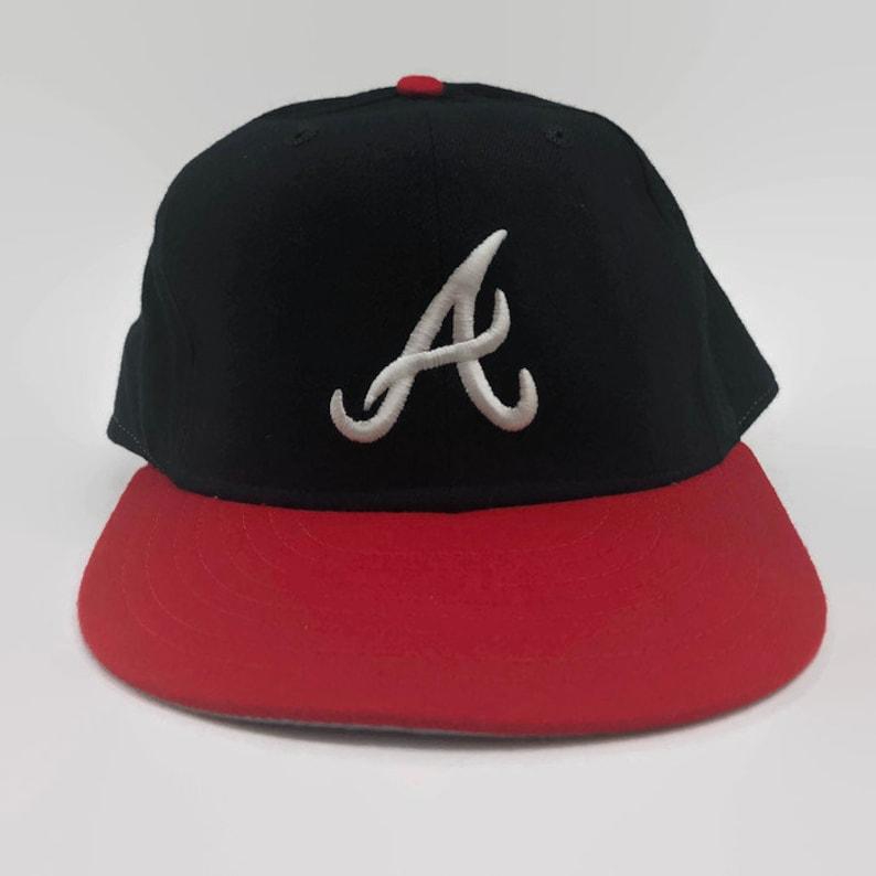 Atlanta Braves Authentic MLB New Era Fitted Hat Size 7 3/8 Circa 1980s