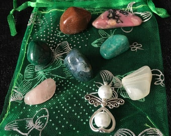 PREGNANCY. 7 individual Crystals chosen to support pregnancy issues.