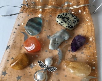 BOWEL issues, crystal healing set for many disorders of the intestines.