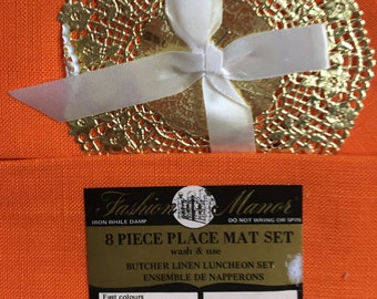 Four Vintage Place Mats with Napkins
