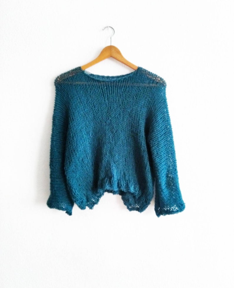Spring-colored soft Sweater