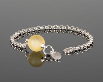 Minimalist bracelet with Matte Yellow Amber LEMON