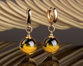 Handmade amber earrings LUNAR
