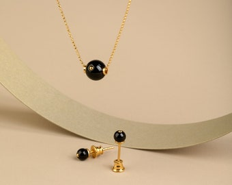 Minimalist Earrings and Necklace Set MERLOT
