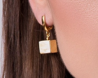 Geometric Earrings with Natural Baltic Amber CUBICO