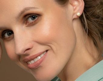 White amber earrings, White stone earrings, 925 silver studs, Amber stud earrings, White amber, Everyday studs, Baltic amber studs