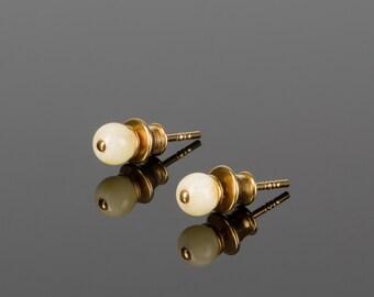 White amber earrings, amber for bride, amber studs, gold amber, white stone studs, gold amber earrings, gemstone studs, gold vermeil studs