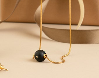 Simple Everyday Necklace for Women NOIR