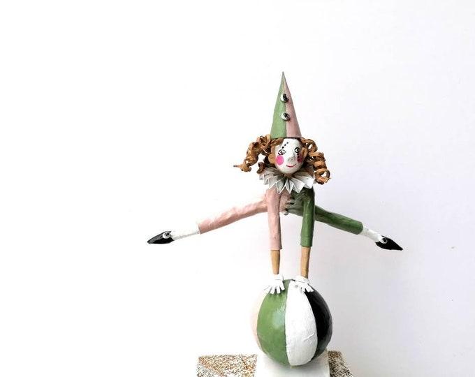 Acrobat paper mache 24 cm tall, balancer figure, clown collection, Spanish craftsmanship, paper sculpture, artistic clown,, circus toy