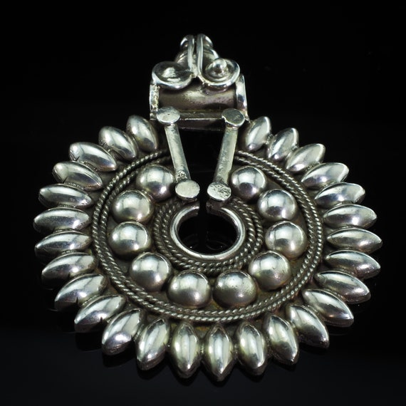 Gorgeous!Antique Sterling Silver Rajasthan Sun Shi