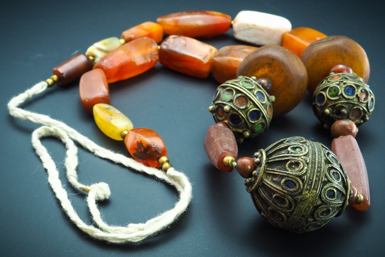Original Ancient Yemen Amber Ancient African Silver Bead Moroccan Necklace ancient amber African bead